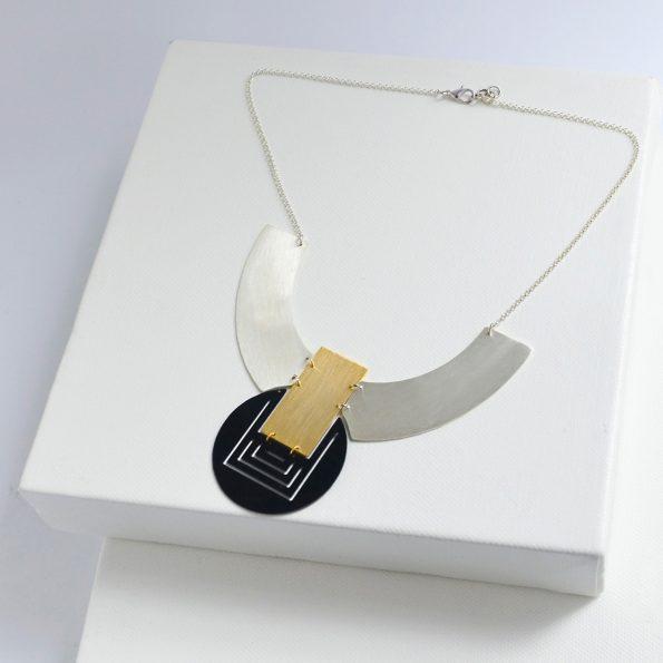 MEET THE CAT Orbit Necklace