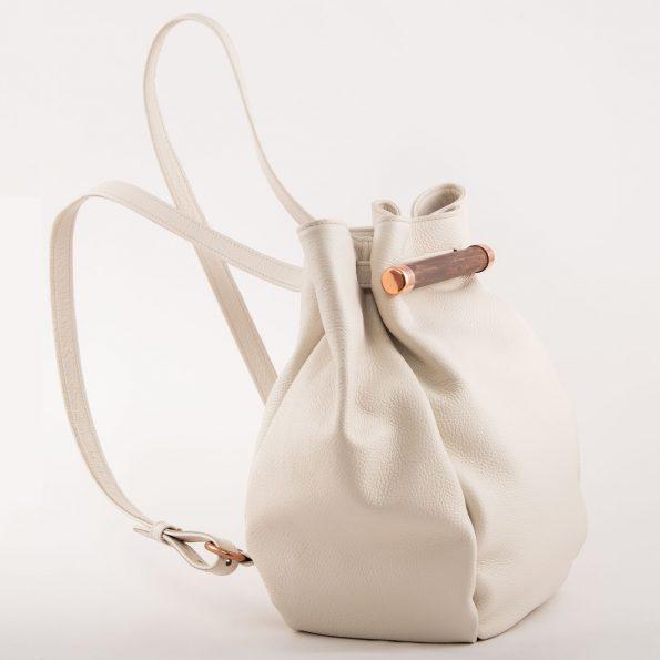 MERAKI Aware Backpack Creamy White