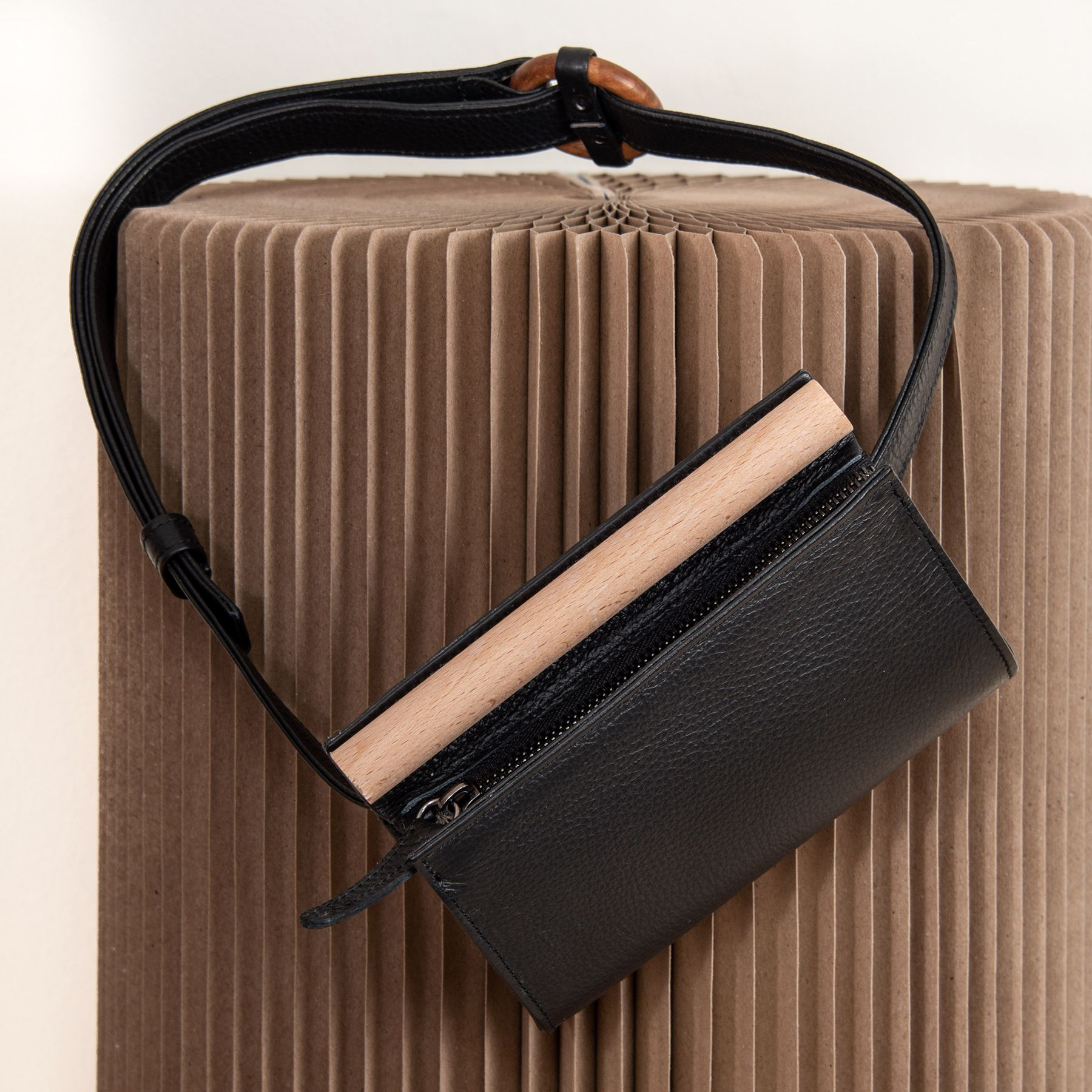 MERAKI Lagom Belt Bag Black