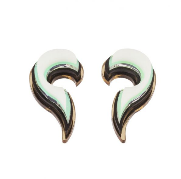 NEFELIA Unique Shell Mint Earrings